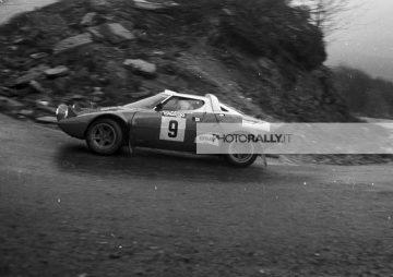 Rally 100.000 Trabucchi 1976 - GENZONE pilota rally - Lancia Stratos - foto inedite rally anni '70 - Archivio info@photorally.it